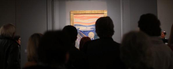 Tourism「New York's Museum Of Modern Art Displays Edvard Munch's Scream」:写真・画像(5)[壁紙.com]