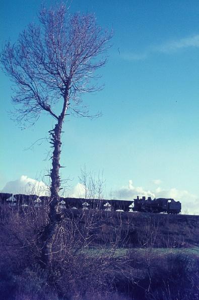 León Province - Spain「A coal train on the Ponferrada - Villablino Line on Wenesday 7th April 1971.」:写真・画像(1)[壁紙.com]