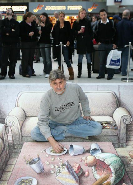 Chalk - Art Equipment「3D Street Artist Kurt Wenner - Photocall」:写真・画像(8)[壁紙.com]