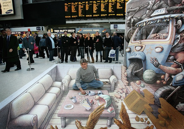 Chalk - Art Equipment「3D Street Artist Kurt Wenner - Photocall」:写真・画像(12)[壁紙.com]