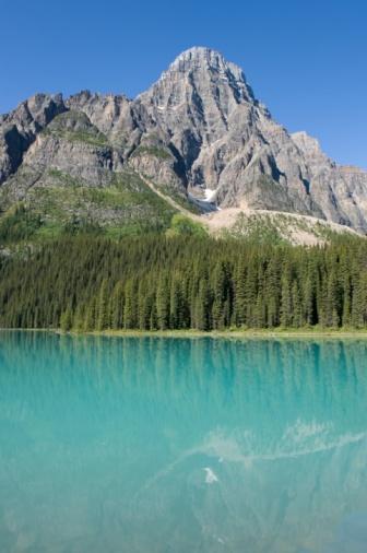 ケフレン山「Mount Chephren, Chephren Lake, Banff National Park, Banff, Alberta, Canada」:スマホ壁紙(17)