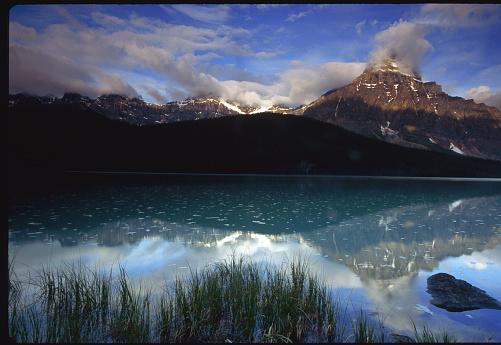 ケフレン山「Mount Chephren Reflection」:スマホ壁紙(0)
