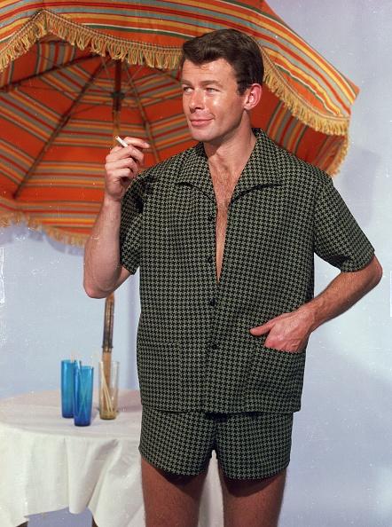 Shorts「Summer Outfit」:写真・画像(7)[壁紙.com]