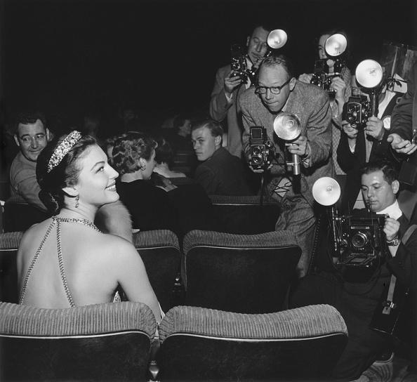 Film Premiere「Ava Gardner At Premiere」:写真・画像(6)[壁紙.com]
