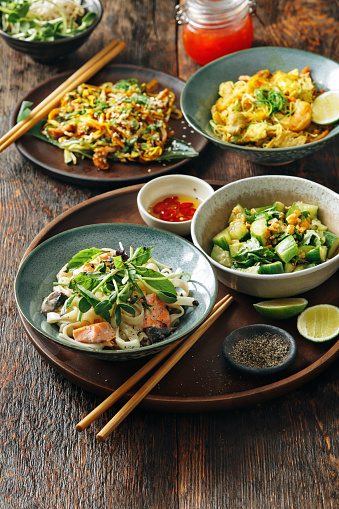 Chinese Food「Bowls with Japanese food」:スマホ壁紙(4)