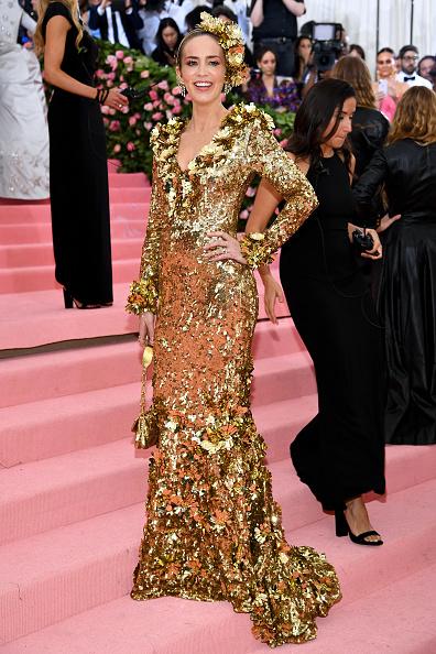 Gold Dress「The 2019 Met Gala Celebrating Camp: Notes on Fashion - Arrivals」:写真・画像(4)[壁紙.com]
