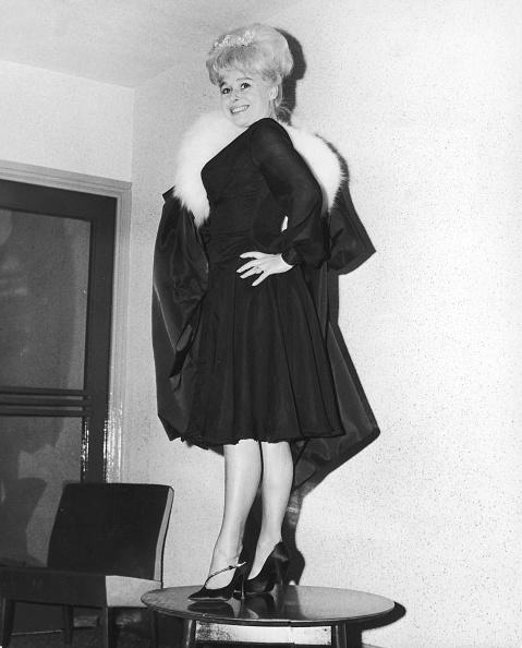 Chiffon「Barbara's Premiere Outfit」:写真・画像(12)[壁紙.com]