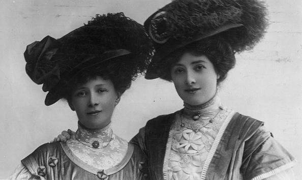 1900-1909「The Jay Sisters」:写真・画像(1)[壁紙.com]