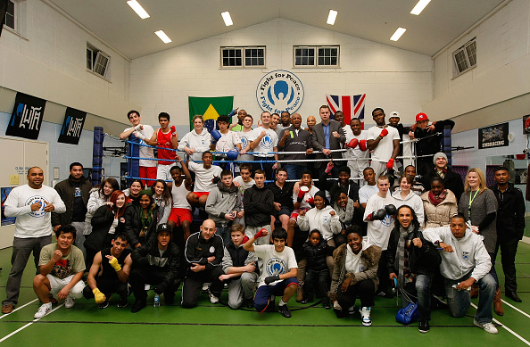 Tom Dulat「Marvin Hagler Visits The Laureus-supported Project Fight for Peace in London」:写真・画像(11)[壁紙.com]