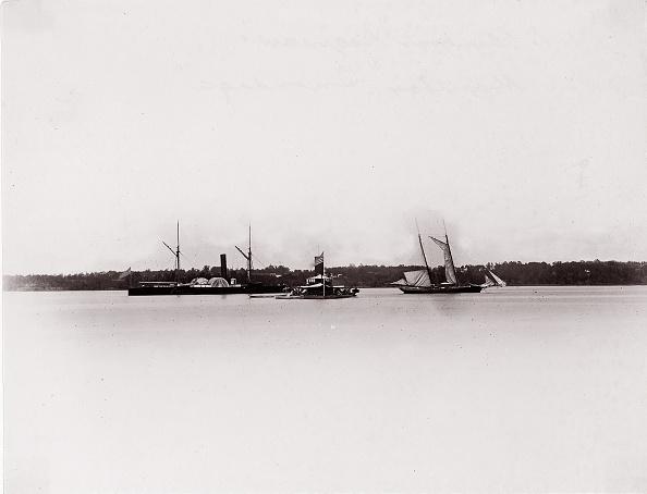 "Passenger Craft「US Gunboat ""Saginaw"" And Monitor ""Onondaga」:写真・画像(5)[壁紙.com]"