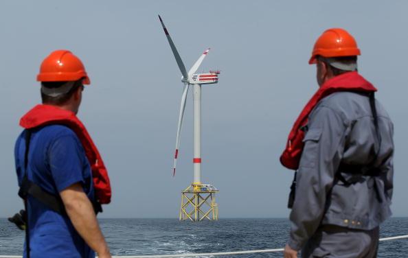 Environmental Conservation「Alpha Ventus Offshore Windpark Begins Operation」:写真・画像(7)[壁紙.com]
