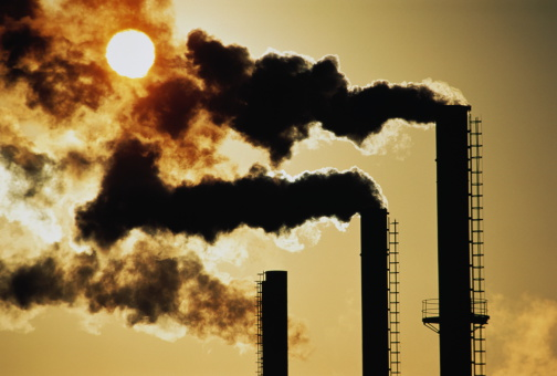 Air Pollution「Trio of industrial chimneys emitting smoke,sunset,silhouette」:スマホ壁紙(13)