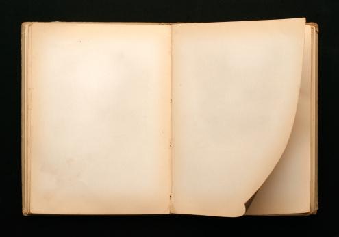 Medieval「Turn the Page」:スマホ壁紙(17)