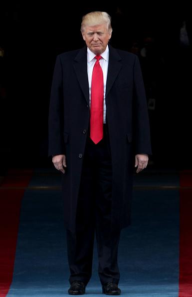 縦位置「Donald Trump Is Sworn In As 45th President Of The United States」:写真・画像(0)[壁紙.com]