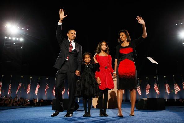 Night「Barack Obama Holds Election Night Gathering In Chicago's Grant Park」:写真・画像(14)[壁紙.com]