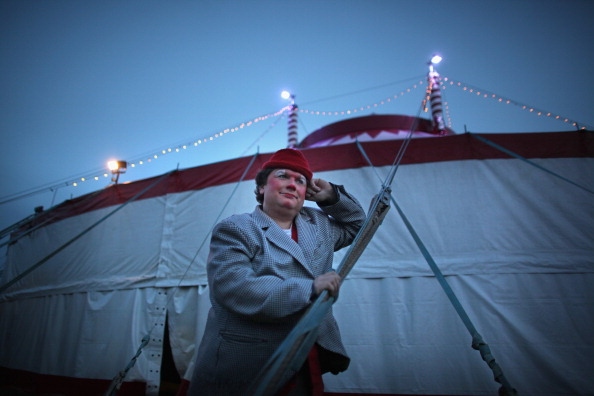 Circus Tent「Bobby Roberts Super Circus Rolls Into Town After Animal Cruelty Scandal」:写真・画像(7)[壁紙.com]