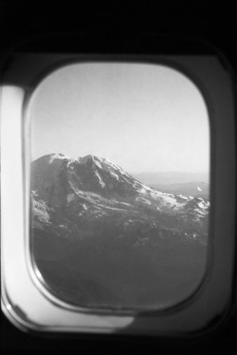 Passenger Cabin「Mountain out plane window」:スマホ壁紙(19)