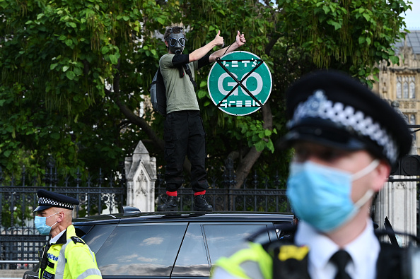 Traffic「Extinction Rebellion Climate Change Action Takes Place Across The UK」:写真・画像(7)[壁紙.com]