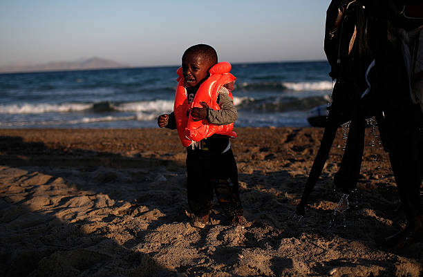 Migrants Arrive On The Beaches Of Kos In Greece:ニュース(壁紙.com)