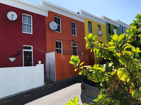 Malay Quarter「Multi-colored row of houses, Bo-Kaap, Cape Town, South Africa」:スマホ壁紙(17)