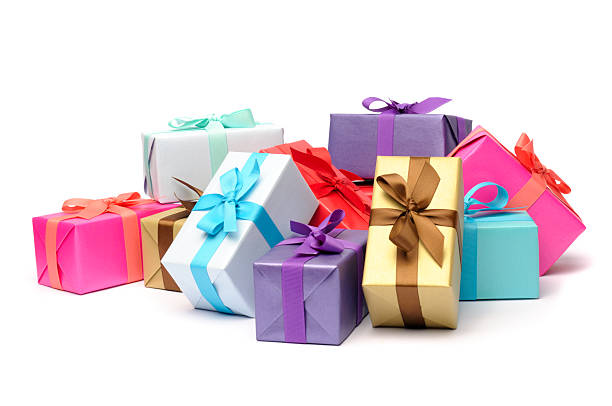 Multicolored and beribboned gift boxes in pile:スマホ壁紙(壁紙.com)