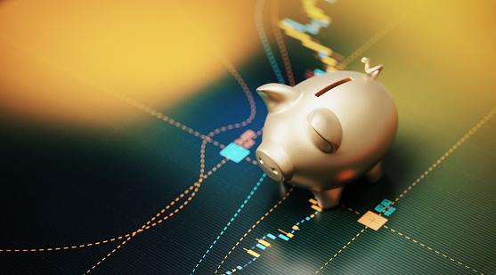 Development「Gold Colored Piggy Bank Sitting over A Bar Graph - Savings Concept」:スマホ壁紙(0)