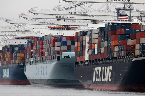 Shipping「Driven By Exports, China Expected To Become 2nd Largest Economy In World」:写真・画像(2)[壁紙.com]
