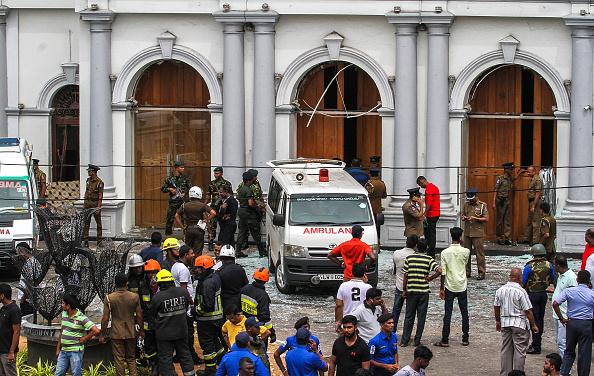 Exploding「Multiple Explosions Hit Sri Lanka On Easter Sunday」:写真・画像(17)[壁紙.com]