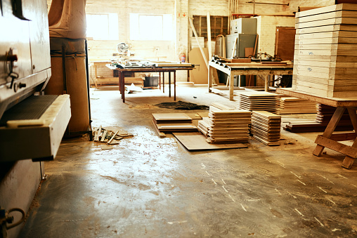 Carpentry「We've got every type of wood you're looking for」:スマホ壁紙(14)
