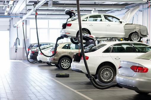 Motor Vehicle「Car dealership」:スマホ壁紙(19)