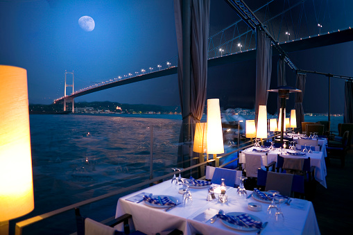 Gourmet「Luxurious restaurant and nightclub in Bosporus Istanbul Turkey」:スマホ壁紙(1)