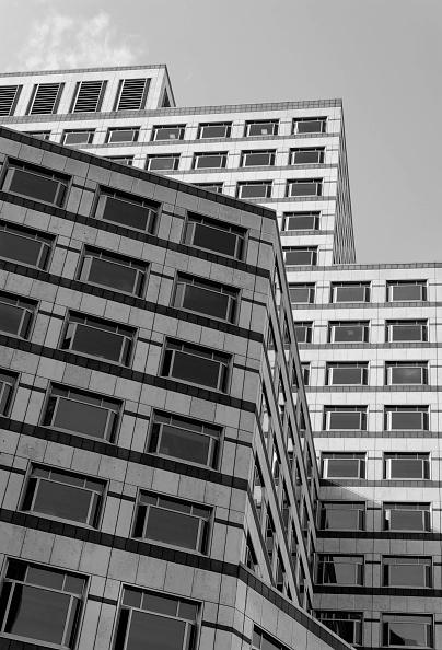 Conformity「One Cabot Square, London, UK」:写真・画像(12)[壁紙.com]