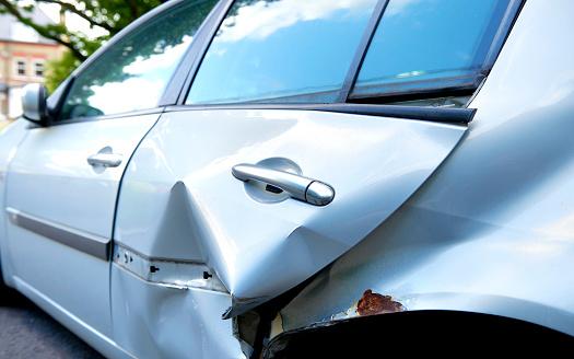 Insurance「HIT AND RUN CAR ACCIDENT」:スマホ壁紙(16)