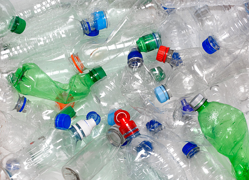 Pollution「WATER BOTTLES IN RECYCLING BIN WITH RECYCLABLE CAPS」:スマホ壁紙(13)