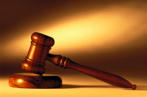 Legal System「LEGAL STILL LIFE OF GAVEL & BLOCK」:スマホ壁紙(4)