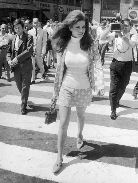 1960-1969「Skinny-Sweater Girl」:写真・画像(13)[壁紙.com]
