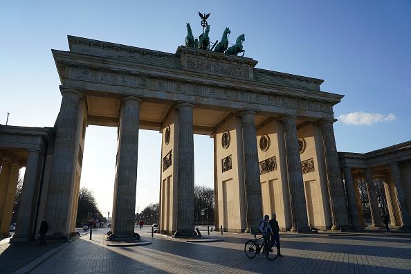 Germany「Everyday Life Fundamentally Altered As Measures To Stem Coronavirus Spread Are Tightened」:写真・画像(19)[壁紙.com]