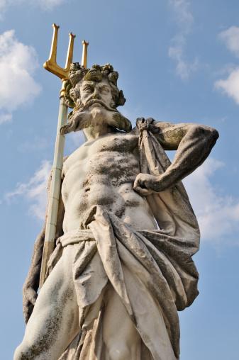 God「Neptune With Trident」:スマホ壁紙(3)