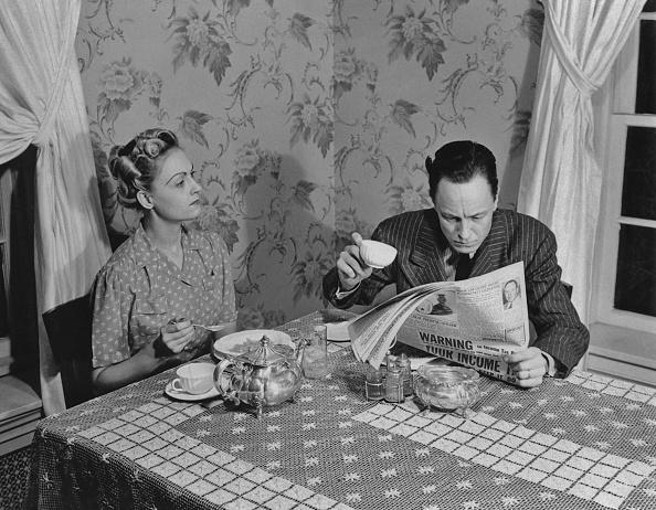 Men「Ignoring The Wife」:写真・画像(0)[壁紙.com]