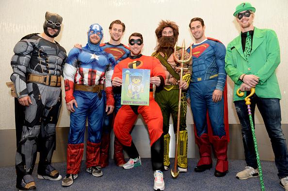 John Moore「Boston Bruins Celebrate Halloween In Costume At Boston Children's Hospital」:写真・画像(0)[壁紙.com]