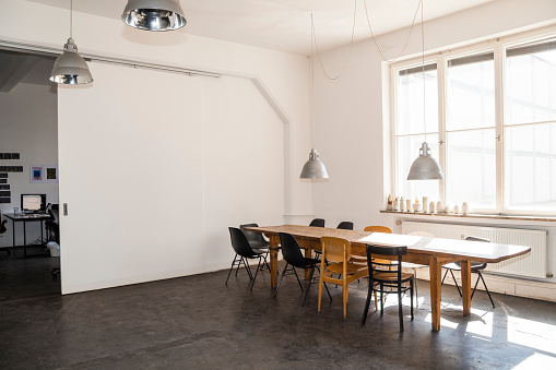 Coworking「Conference room in a loft」:スマホ壁紙(16)