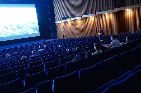 Movie Theater「Berlin Movie Theaters Reopen During Coronavirus Pandemic」:写真・画像(1)[壁紙.com]