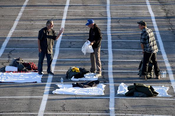 Homelessness「Temporary Homeless Shelter Opens At Cashman Center In Las Vegas」:写真・画像(2)[壁紙.com]