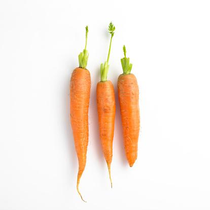 Carrot「Three carrots in a row」:スマホ壁紙(10)