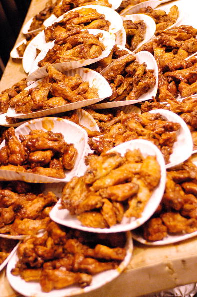"""Chicken Wing「The """"Wing Bowl"""" Buffalo Wing Eating Contest Is Held In Philadelphia   」:写真・画像(0)[壁紙.com]"""