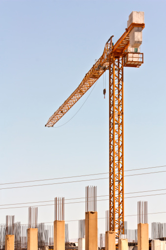 Pole「crane working in construction site, building and carrying」:スマホ壁紙(15)
