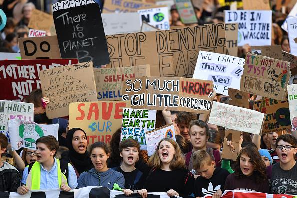 Strike - Protest Action「Activists In Edinburgh Join The Global Climate Strike」:写真・画像(1)[壁紙.com]