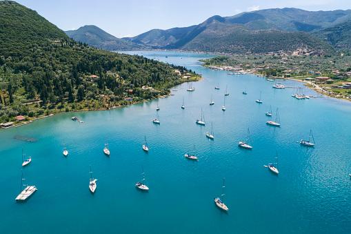 Greek Islands「Greece, Lefkada, aerial view of bay at Kallithea」:スマホ壁紙(12)