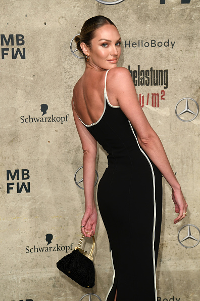 Candice Swanepoel「Mercedes-Benz presents Fashion Talents From South Africa - Arrivals - Berlin Fashion Week Autumn/Winter 2020」:写真・画像(3)[壁紙.com]