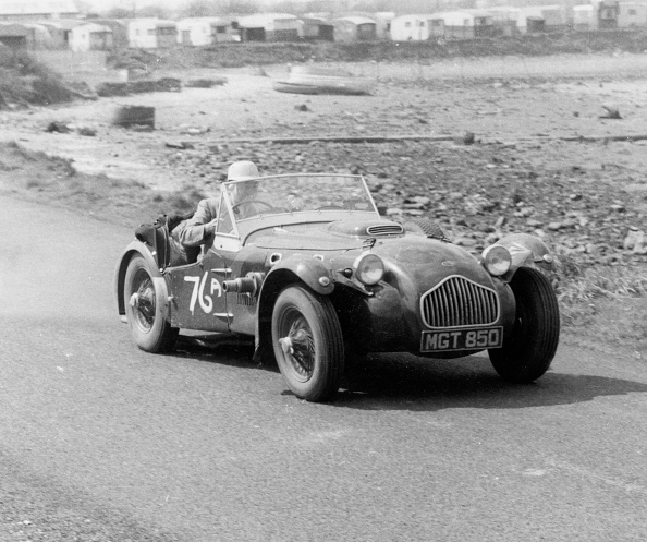 Beaulieu National Motor Museum「1951 Allard J2 At Gosport Speed Trials 1958. Creator: Unknown.」:写真・画像(19)[壁紙.com]